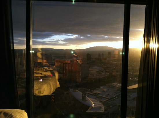Day Time View Strip And Mountains And Even Wynn S Gold