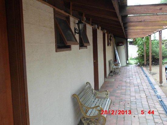 Braidwood Torpys Eco Motel:                                                       Cabins Torpys