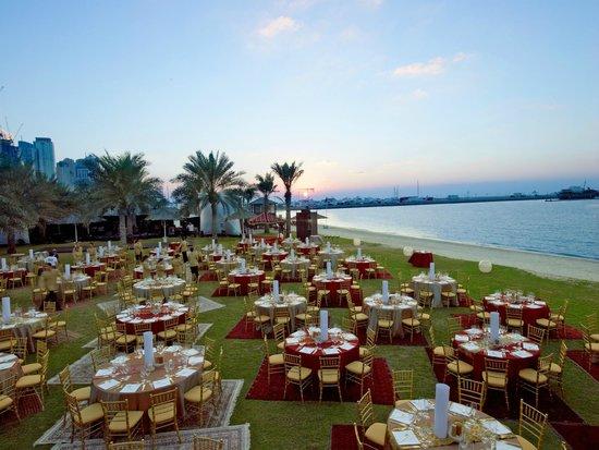 Le Meridien Mina Seyahi Beach Resort and Marina: Amphitheatre