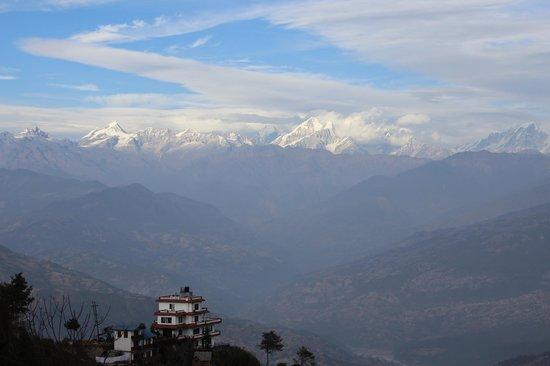 Niva Niwa Lodge:                   himalayan view