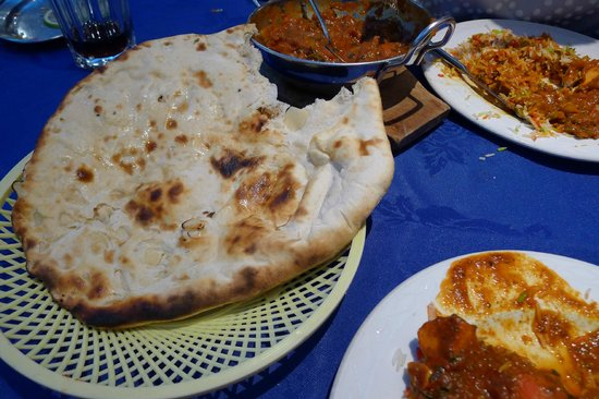 Rajpoot Balti House:                   Rajpoot naan