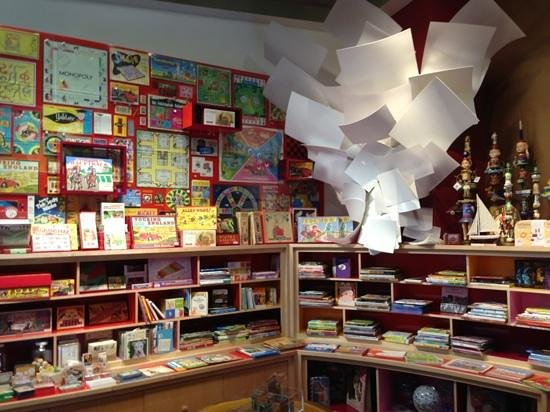 Grand America Hotel: the toy store