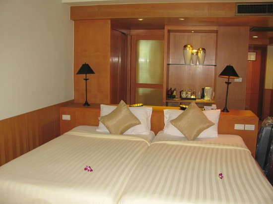 Seaview Patong Hotel:                   Executive room