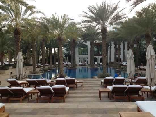 Park Hyatt Dubai:                   Pool complex