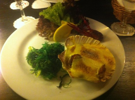 Restaurant Piet Henningsen:                   Gratinerede kammuslinger