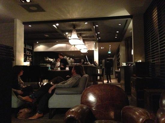 Hotel Les Nuits:                   Hotel bar