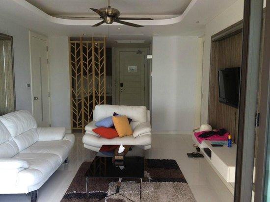 Wyndham Sea Pearl Resort Phuket:                   lounge room
