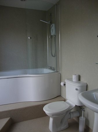 The Dock Inn:                   En-suite