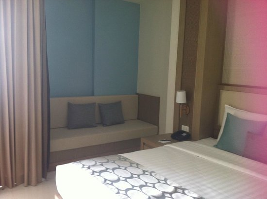 The ASHLEE Plaza Patong Hotel & Spa: room