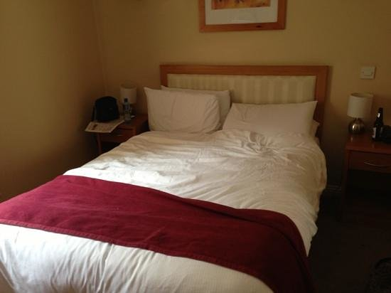 The Pier Hotel, Limerick:                   Small Double