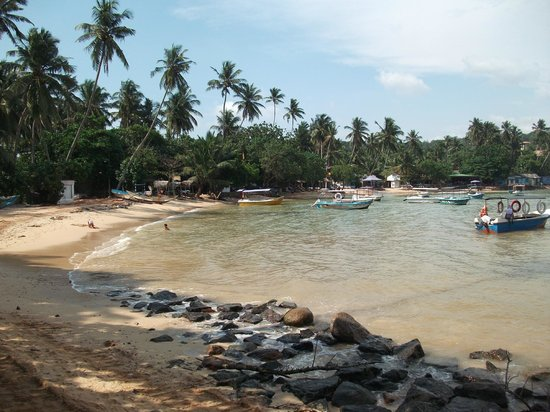 Tartaruga Hotel & Beach Restaurant:                   END OF UNAWATUNA BEACH