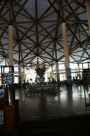 Bintan Lagoon Resort:                   The lobby