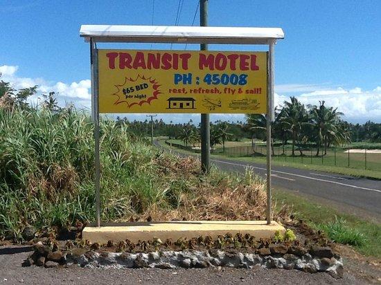 Mulifanua, סמואה: Road side sign