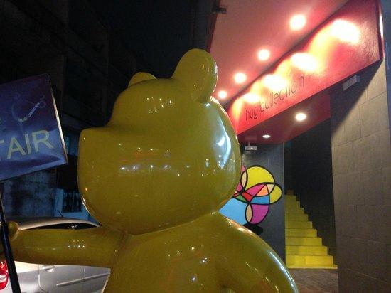 Hug Collection Hotel: the yellow bear