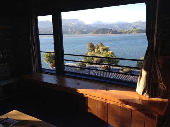 McFarmers Backpacker Lodge:                   gorgeous view from living room