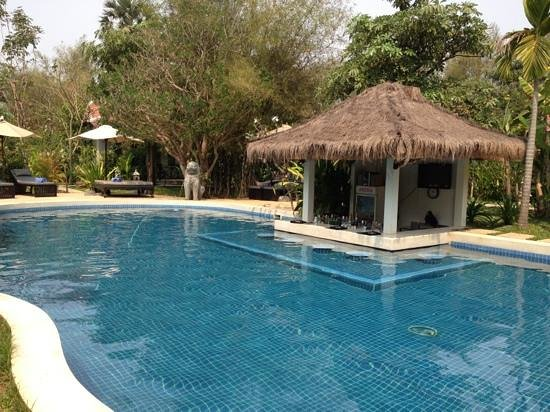 Sojourn Boutique Villas:                   piscine