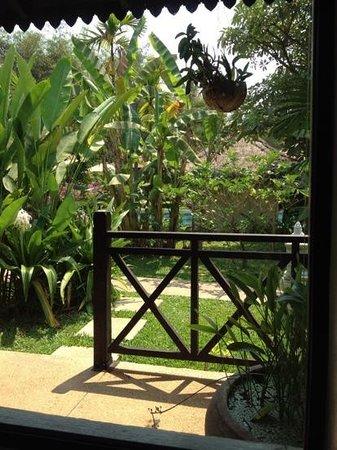 Sojourn Boutique Villas:                   jardin