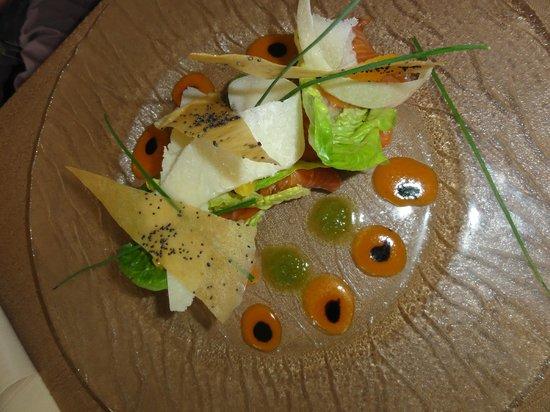 Le Saint Alys :                   Saumon mariné (menu à 29 €)