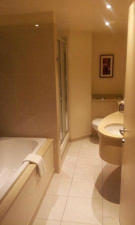 Macdonald Manchester Hotel & Spa:                   bagno