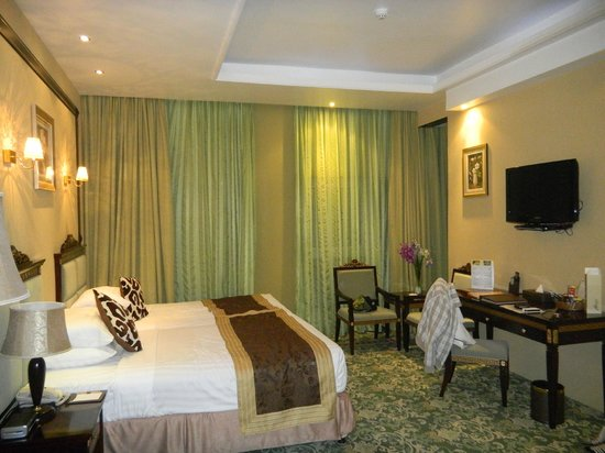 Golden Tulip Thanyah Hotel Apartments:                   Suite