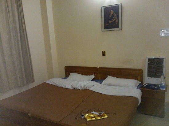 OYO 2402 Hotel HighWinds: Comfortable Beds and Clean rooms