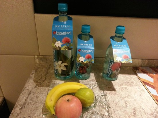 InterContinental Grand Stanford: welcome fruit