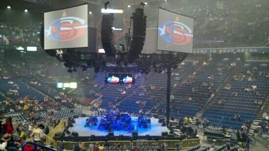 Rupp Arena:                   George Strait concert
