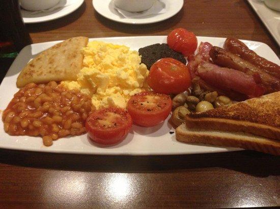 Angels Hotel Restaurant & Bar:                                     Yummy Sunday Breakfast!
