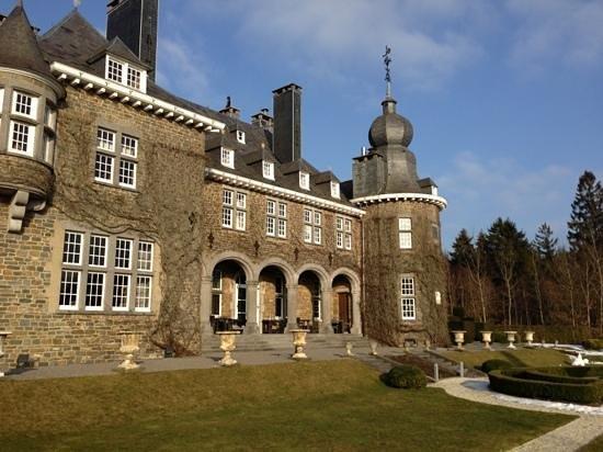 Manoir de Lebioles :                   rare facade