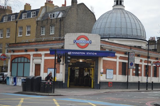The English Bus: Pick up Point Kennington Station