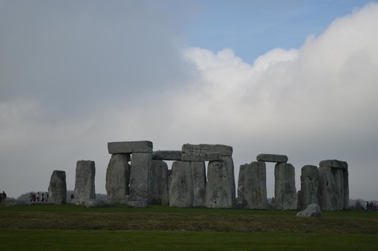 The English Bus: Stonehenge 4