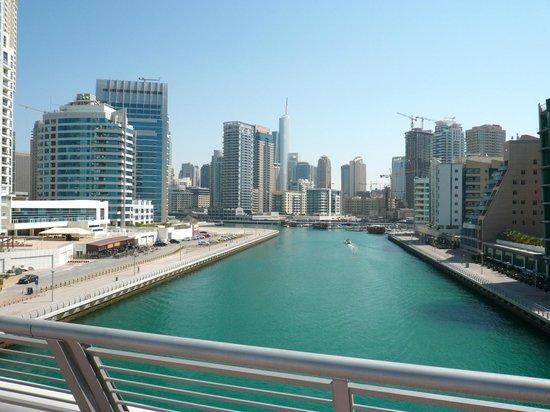 Pearl Marina Hotel Apartments:                   район Дубай Марина