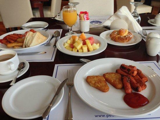 Pearl Marina Hotel Apartments :                   завтрак