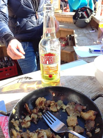 Heustadl: trioler grostl & a Beer! ;)