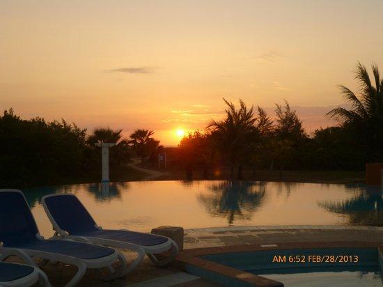 Blau Marina Varadero Resort:                                     sunrise breatless