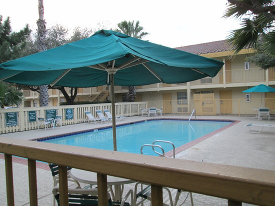 La Quinta Inn Austin South / IH35: pool