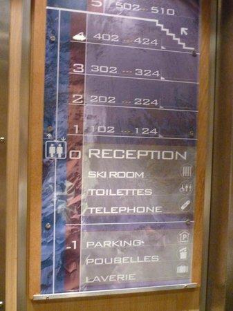 Pierre & Vacances Residenz Aconit:                                     Accès 5ème étage sans ascenseur