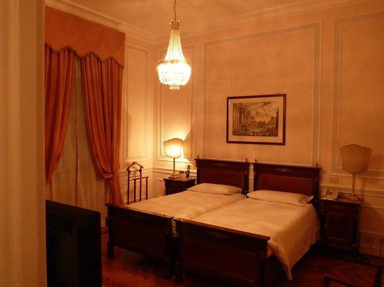Quirinale Hotel: Zimmer
