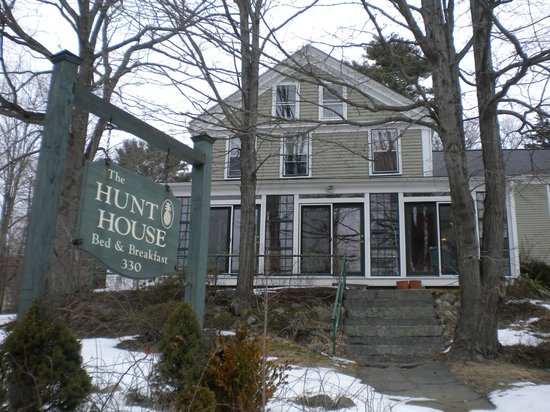 Hunt House Inn Bed and Breakfast: The Hunt House in February 2013