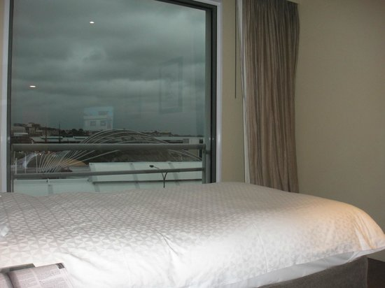 Hyatt Regency Sydney:                   Room