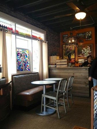 Taqueria Jalisco:                   quaint, artful atmosphere