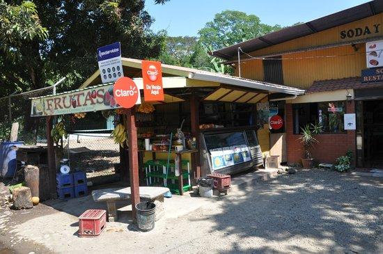 Soda y Nanyoa:                   Fruit stand outside restaurant