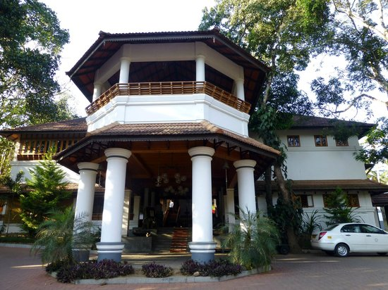 The Elephant Court Thekkady:                   The main entrance of the hotel