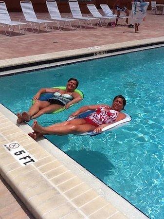 Beach Cottage:                                     Best Pool