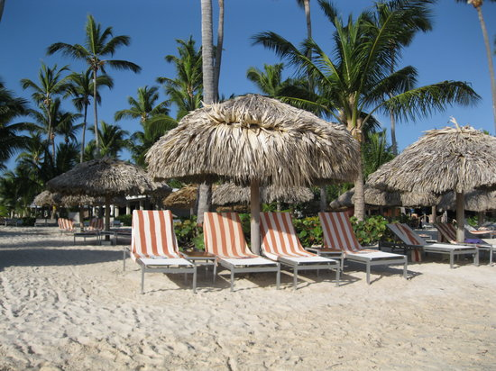 Catalonia Royal Bavaro:                                     chaises