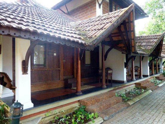 Punnamada Resort:                   Villas