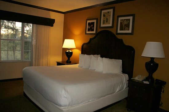 Grande Villas at World Golf Village:                   Bedroom, View of Golf Course