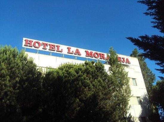 Hotel La Moraleja:                   front view