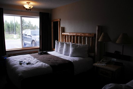 Kelly Inn West Yellowstone:                   comfy beds