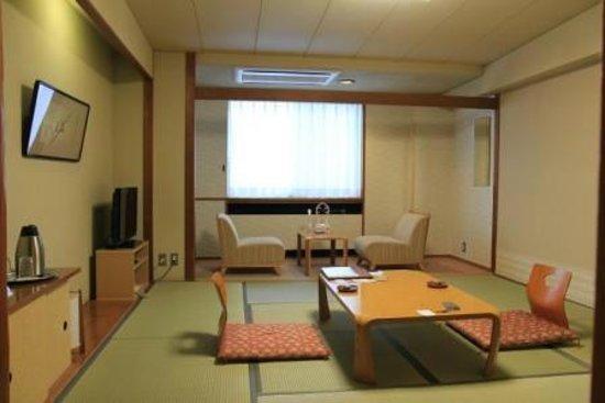 ไดอิจิ ทาคิโมโตะคัง: Japanese room at west wing